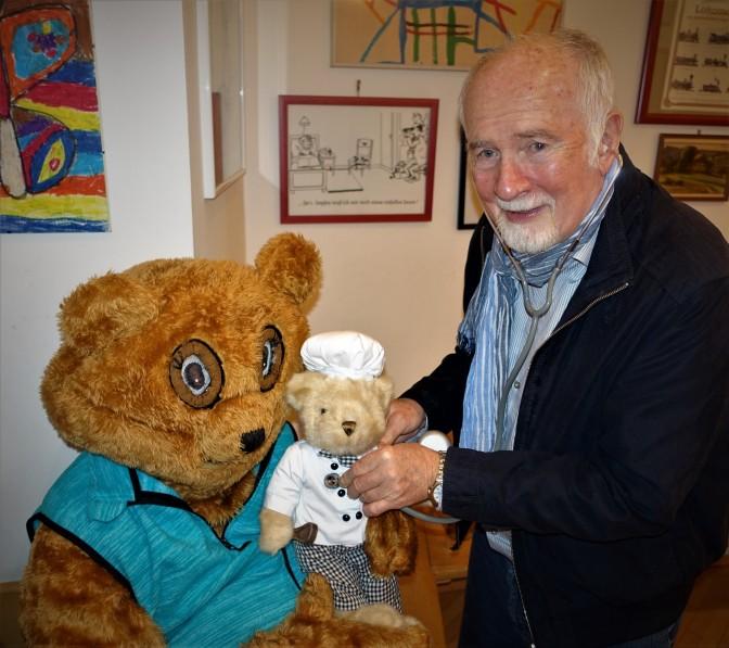 dr-fritz-pany-hort-teddybar-ab-bei-schuhfried-teddybarparty
