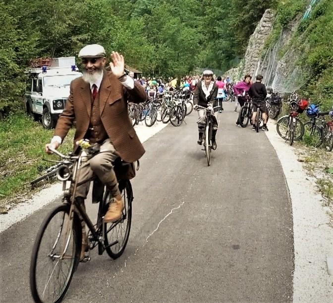 Historischer Radfahrer am Ybbstalradweg