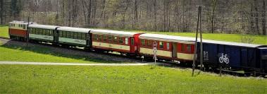 Zug mit Radwaggon 2