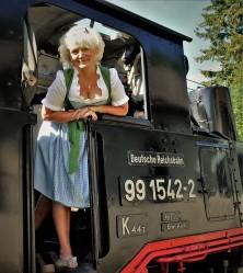 Rente Dirndl Reichsbahn nahe hoch