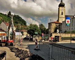 Ansichtskartenmotiv Kirchturm Waidofen 7.8.2017 Pflasterung