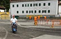 Kreisverkehr E-Roller 2