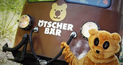 Ötscherbär mit Ötscherbär Triebwagen