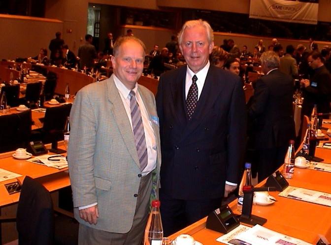 EU Parlament Präsident Jaques Santer und Karl Piaty