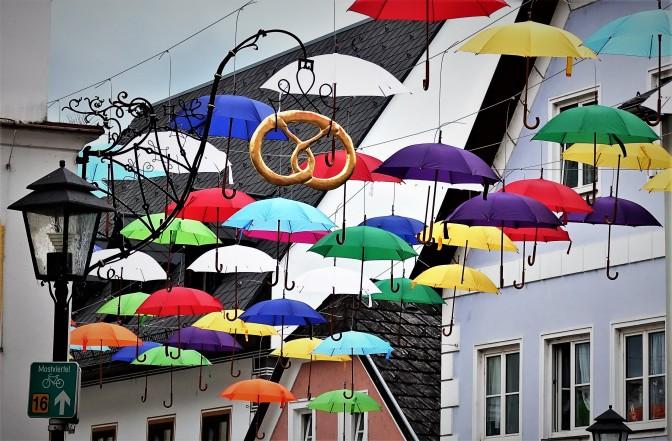 Hartner Brezel Schirme