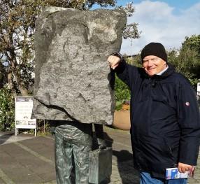 Stein Denkmal 2 (2)