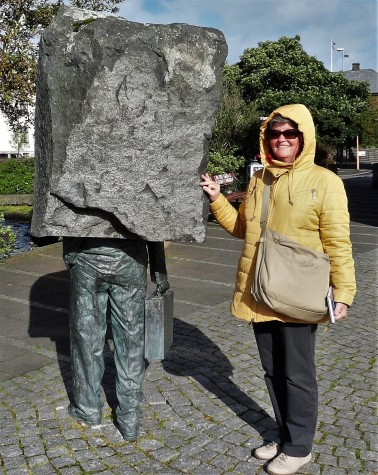 Stein Denkmal 3