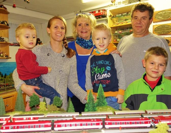 Familie Wachauer mit Kinder