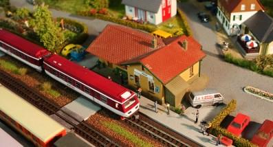 Modellbahn Wachauer 4090 erstmals zu sehen Bahnhof