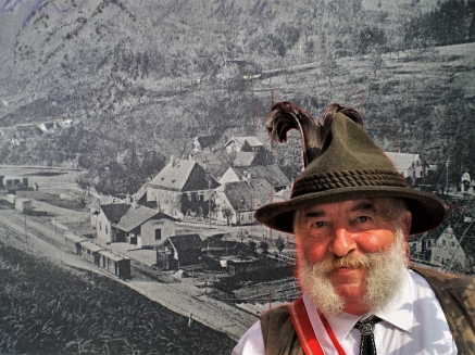Herbert Marko mit Bahnhof Ybbsitz