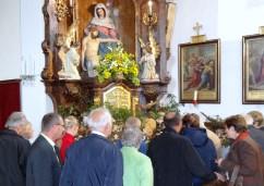 Andrang zum Schwammerlaltar 2013 2