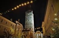 Stadtturm beleuchtet 2